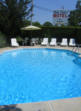 Outdoor Swimming Pool - Motel Accommodations